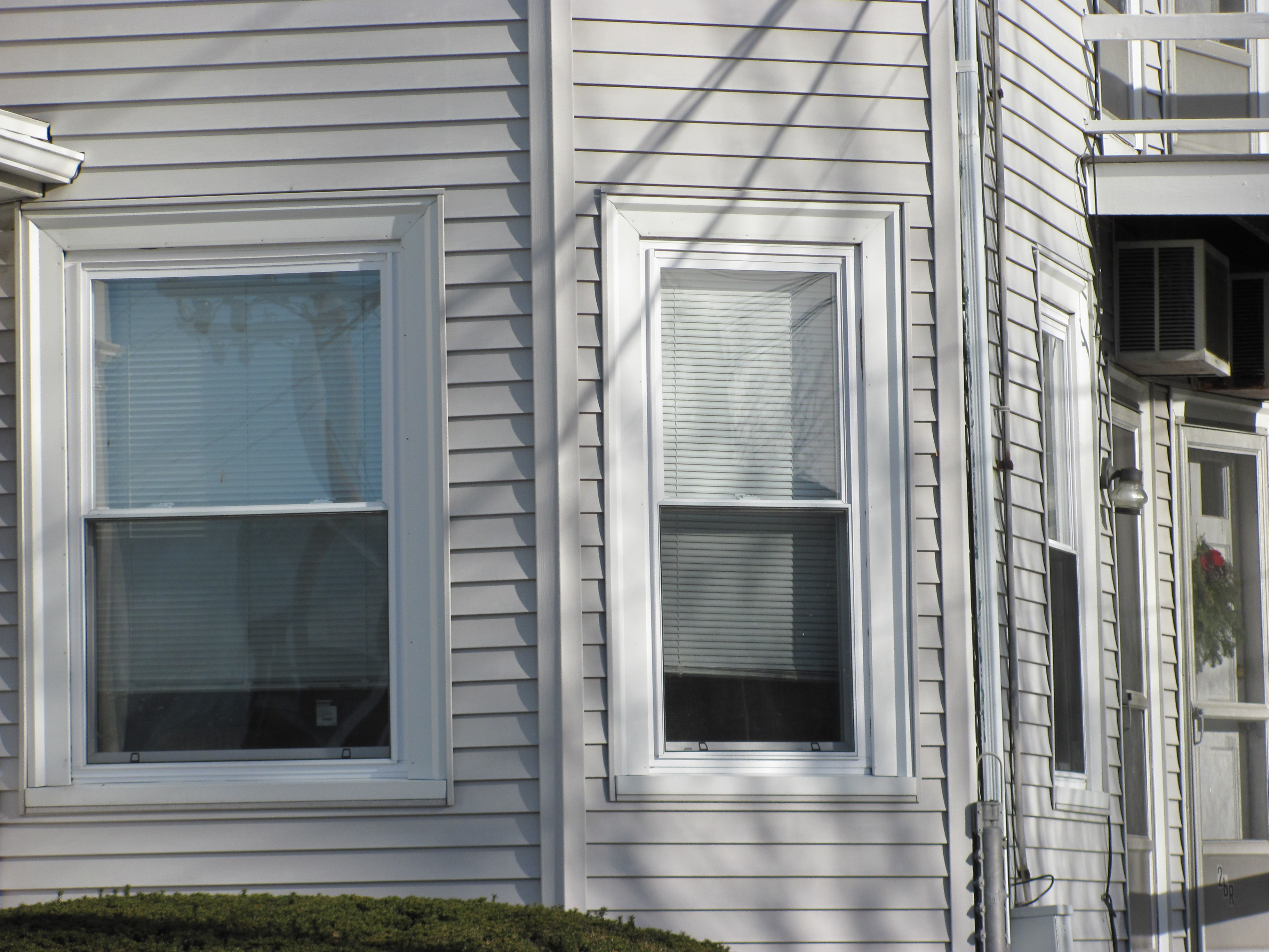 Window projects completed in the waltham ma area vinyl for Vinyl window manufacturers